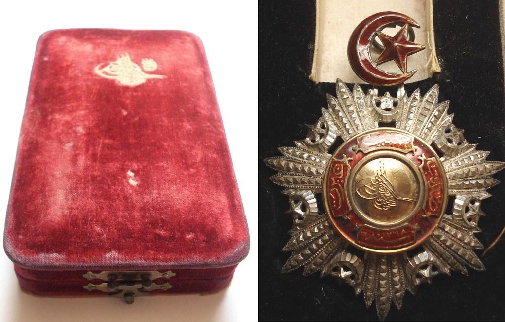 OTTOMAN MEJIDIE ORDER/BADGE/MEDAL 1852 (Mecidi Nishani) SILVER X GOLD SULTAN ABDULMEJID IN BOX