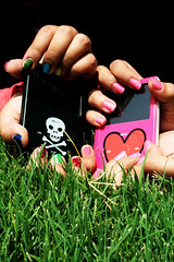 iPODs(2).. the sequel (Julie) Tags: pink music black rock skull colorful julie ipod heart