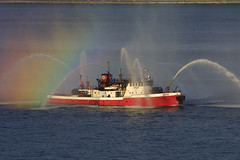 FIRE FIGHTER in New York, USA. (Tom Turner - SeaTeamImages / AirTeamImages) Tags: nyc newyork classic port bay harbor boat rainbow marine harbour pony maritime tug firefighter bigapple fdny firedept apparatus fireboat tomturner
