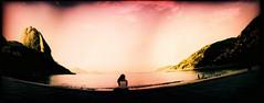 outono no rio (gleicebueno) Tags: brazil brasil riodejaneiro lomo rj horizon mulher panoramic moça pãodeaçúcar urca bondinho solidão brésil morros silhueta paindesucre praiavermelha
