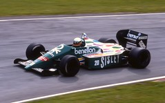 Teo Fabi benetton B186 BMW turbo Brands Hatch 1986 (Antsphoto) Tags: uk slr classic ford car race speed 35mm one britain teo grand f1 racing historic grandprix prix turbo formulaone bmw formula british hatch canonae1 1986 1980s motorsports formula1 fabi gp brands groundeffects motorsport racingcar turbocharged autosport cosworth kodakfilm benetton carracing motoracing b186 f1car formulaonecar teofabi britishgp dfv formula1car benettonf1 tamron70210mm f1worldchampionship grandprixcar antsphoto caracing canonae135mmslr fiaformulaoneworldchampionship f1motoracing formula11980s anthonyfosh formula1turbo