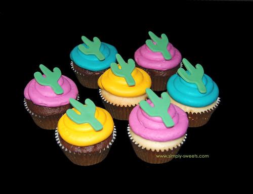 southwestern saguaro cupcakes