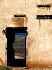 Quicio (Sili[k]) Tags: door sea mar puerta almería rodalquilar