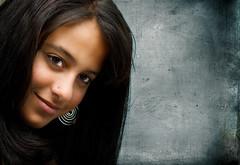 Joicy (Nilton Ramos Quoirin) Tags: brazil portrait texture textura paran girl face brasil retrato piercing ring curitiba guria garota menina brinco rosto joicy megashot fiveflickrfavs diaadiabrasileiro