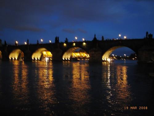Praga by night - Charles bridge