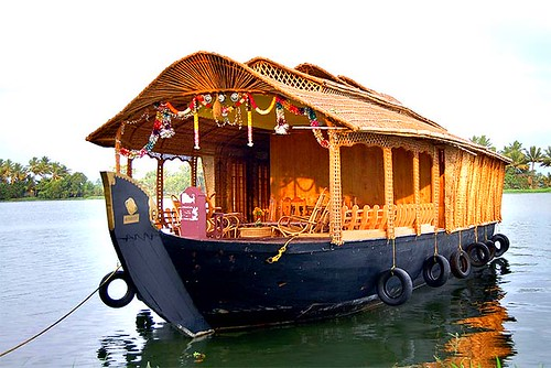 boathouse in kerala. houseboats kerala