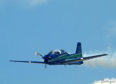 Fumaça#3 (Jorge L. Gazzano) Tags: fab airplane smoke avião fumaça tucano sonyh9 jorgelgazzano