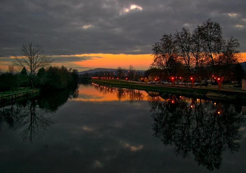 Reflexos na noite