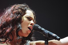 Alicia Keys (Sebastian Gerhard) Tags: black keys concert alicia live hamburg pop soul - 2331237629_dd896b1d5e_m