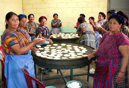 Guatemala: Destacan el rol protagónico de las mujeres indígenas en la economía