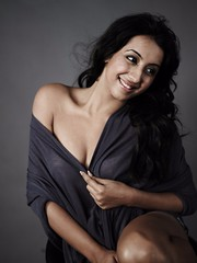 South Actress SANJJANAA Unedited Hot Exclusive Sexy Photos Set-23 (189)