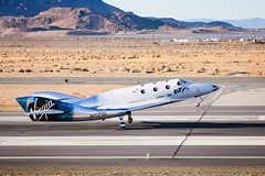VSS landing at Mojave, 3 Dec 2016 (Images for sharing in Spacechats) Tags: privatespaceenterprise richar sirrichardbranson spaceship