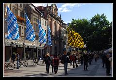 Mnchen (matt :-)) Tags: munich mnchen bayern bavaria flags monaco 1870mmf3545g mattia bandiere baviera supershot nikond80 consonni mattiaconsonni