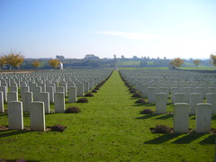 WarGraves 1 (Don't get it twisted <3) Tags: france scary war sad cemetary graves veteran tombstones