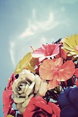 fleur (mela.de.gypsie) Tags: flowers sky sculpture floral fleur sepia vintage colours bright sunny structure fresh explore harbourfront  sentosa flowerpower  multicolour beautifulday       supershot vivocity