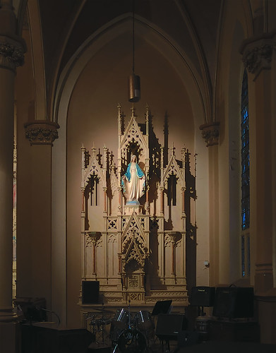 Saint Augustine Roman Catholic Church, in Saint Louis, Missouri, USA - Mary's altar