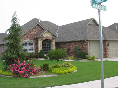 Cheyenne Crossing neighborhood, Edmond, Oklahoma
