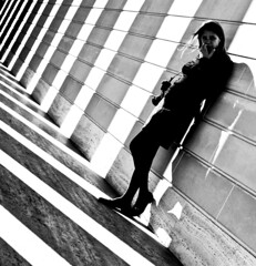 Black and White World (Thomas Hawk) Tags: sanfrancisco california camera city woman usa white black against wall museum unitedstates image 10 unitedstatesofamerica young fav20 photograph wife fav30 leaning legionofhonor fav10 fav25 californiapalaceofthelegionofhonor superfave mrsth