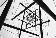27 GENNAIO... giorno della memoria (Fabrette) Tags: bw metal blackwhite geometry soe biancoenero 27th geometria scultura metallo photographia 27gennaio stelladidavide veterinarifotografi thechallengefactory gennuary