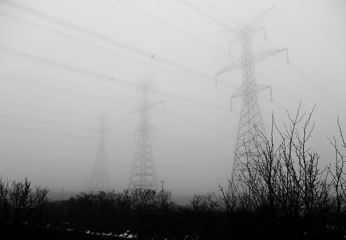 fog mist haze power electric towers langstaff richmondhill yorkregion greatertorontoarea gta ontario canada february 2017