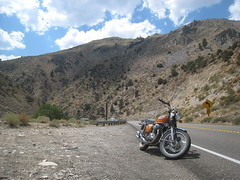 Heading home (Rich in Orderly Manor) Tags: roadtrip bridgeport 395 1972hondacb750k2