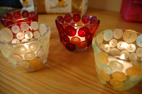 Button candle holder