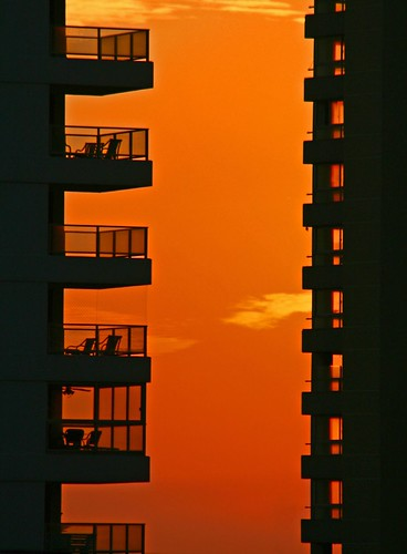"Sunset Boulevard | <a href=""http://www.flickr.com/photos/59207482@N07/2035959418"">View at Flickr</a>"