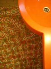pretty pop (trepelu) Tags: pee tile bathroom pub satire cartoon toilet toilette klo caricature pelikan pissing peeing karikatur gasthaus pinkeln bamberggermany mensurinals sandstr