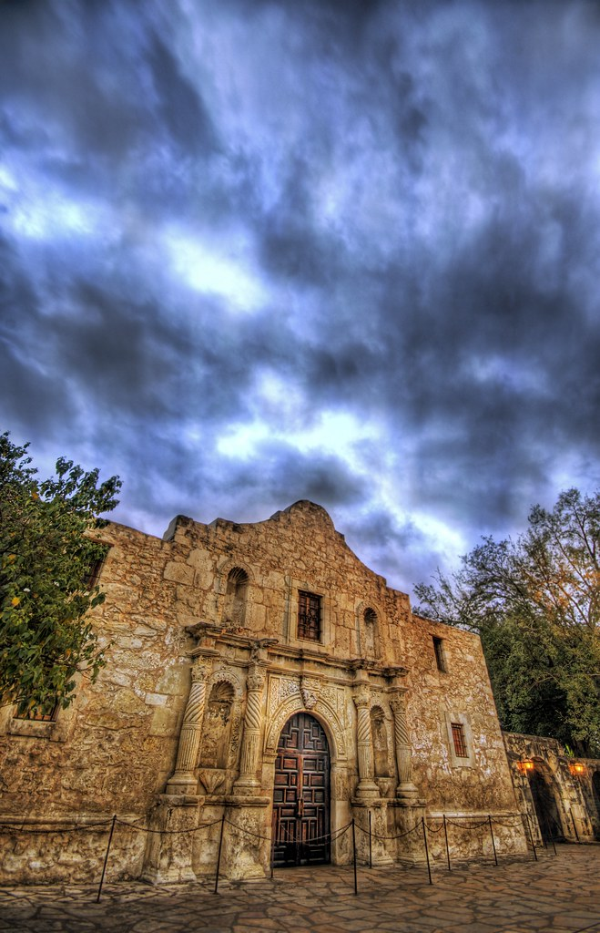 HDRemembering the Alamo - Textured at Dusk