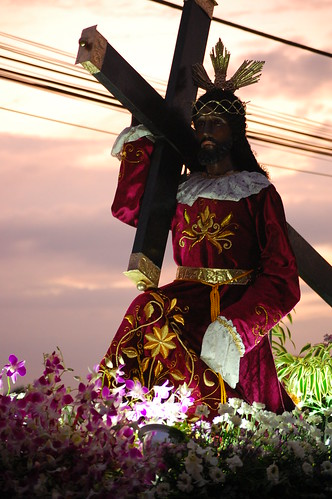 Sunsets on the Black Nazarene