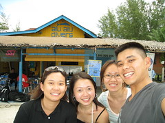 Hazel, Canice, MayYing & Dank at Alu Alu Divers on Pulau Perhentian