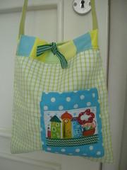 Saco para bébé/Baby bag (Susana Tavares) Tags: handmade handpainted criança babybag kidsstuff susanatavares pintadoámão sacodebébé acessóriosdebébé