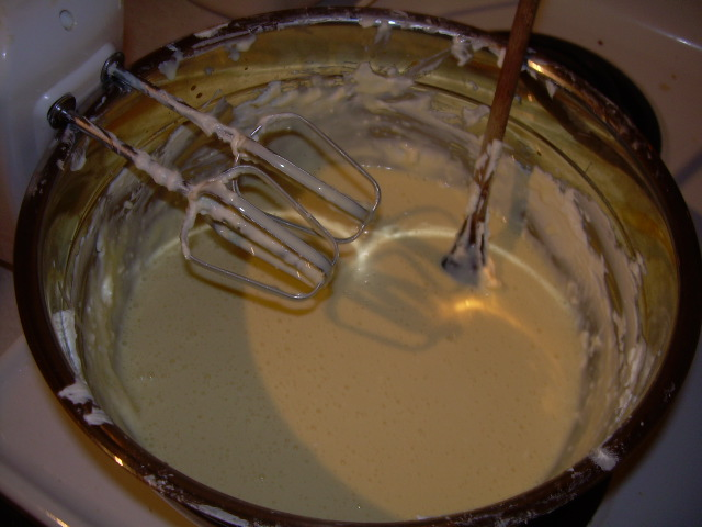 Amanda's_first_cheesecake_011