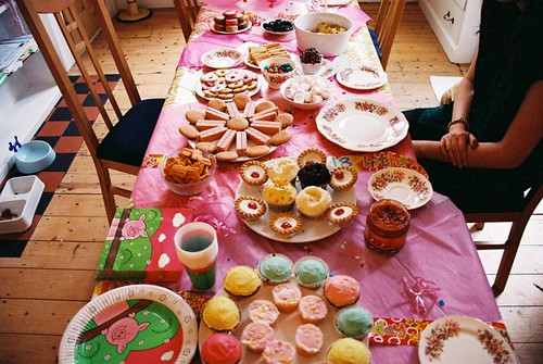 tea party! / Sarah McLean