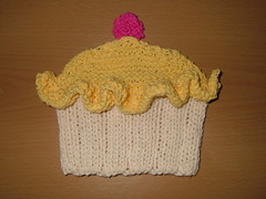 Whirledpeas blog: Knit dishcloth cupcake