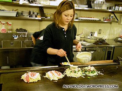 The lady who prepared our okonomiyaki