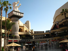 Hollywood and Highland Center Plaza (2)