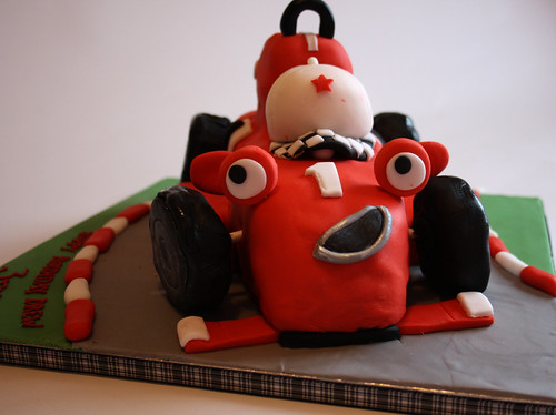 Roary the racing car cake