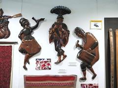 TALLAS EN MADERA - LAGO TITICACA (mflinera) Tags: tallas en madera lago titicaca bolivia