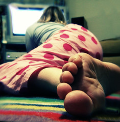 222/365 tv toes (obo-bobolina) Tags: portrait selfportrait feet television self tv interestingness hannah explore sp rug heroes 365 jammies pyjamas jimjams csi watchingtv fgr 365days flickrgrouproulette tellybox