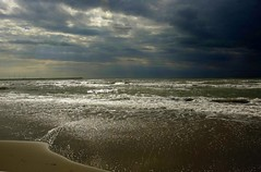 (pasma) Tags: italy panorama beach nature photo italia mare natur natura explore toscana spiaggia viareggio torredellago versilia supershot anawesomeshot ultimateshot diamondclassphotographer flickrdiamond simplyperfect excapture photoexplore