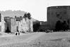 Oman in the seventies (Chris Kutschera) Tags: wall fort oman mur fortress nizwa sultanate