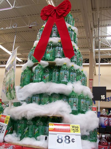 7-Up Christmas Tree