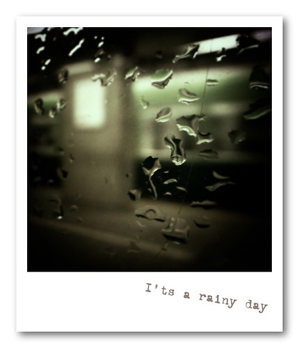 R0013724 : I'ts a rainy day