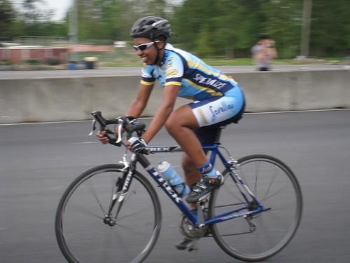2007_0519_004_pir_mon_racing