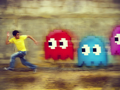 Ghosts attack (EduardoEquis) Tags: real video ghost yo nintendo arcade juegos games run movimiento atari retro explore pacman midway namco corre videojuegos comecocos