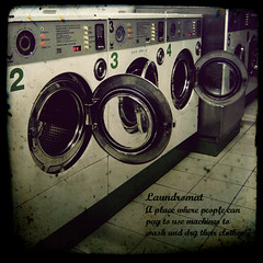 Dictionary : Laundromat