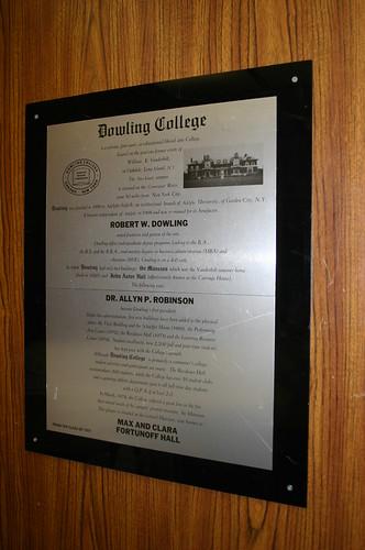 Dowling/Robinson Plaque