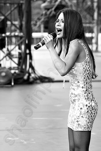 Hannah Tan Singing