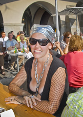 Zurich Street Parade 2007 -  Great  chains...! (Izakigur) Tags: street girls woman house happy schweiz switzerland costume nikon europa europe flickr suisse suiza swiss zurich feel monalisa parade streetparade d200 zrich helvetia svizzera zuerich loveparade ch dieschweiz musictomyeyes  zurigo suizo  myswitzerland lasuisse nikond200  zurichstreetparade  confdrationsuisse confederaziunsvizra izakigur suisia laventuresuisse izakigur2007 izakigurstreetparade izakigurzurich  zurigostreetparade streetparadezurigo